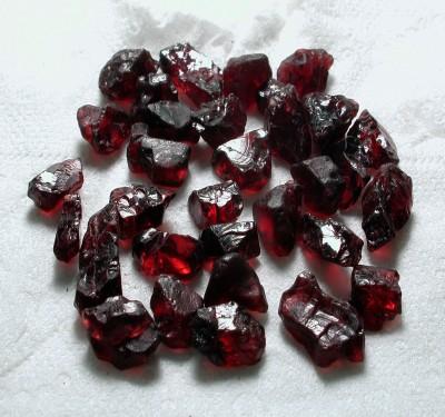 Garnet Gems Rough