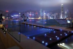 InterContinental-Hong-Kong-Pool