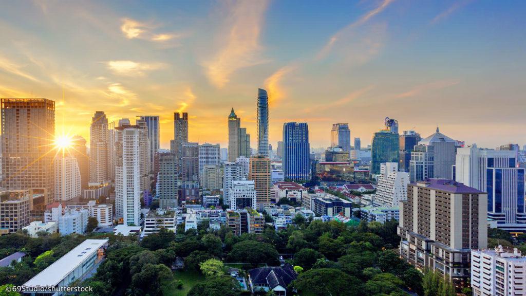 Silom Bangkok by Bangkok.com