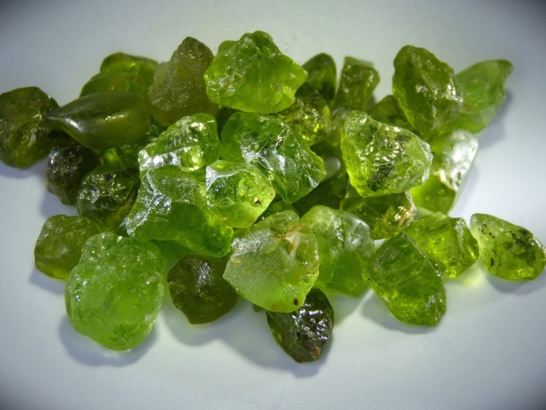 bulk crystals and gemstones supplier