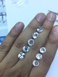 White sapphire rounds 2 carat