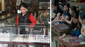 Buyers and Sellers of Gems in Thailand