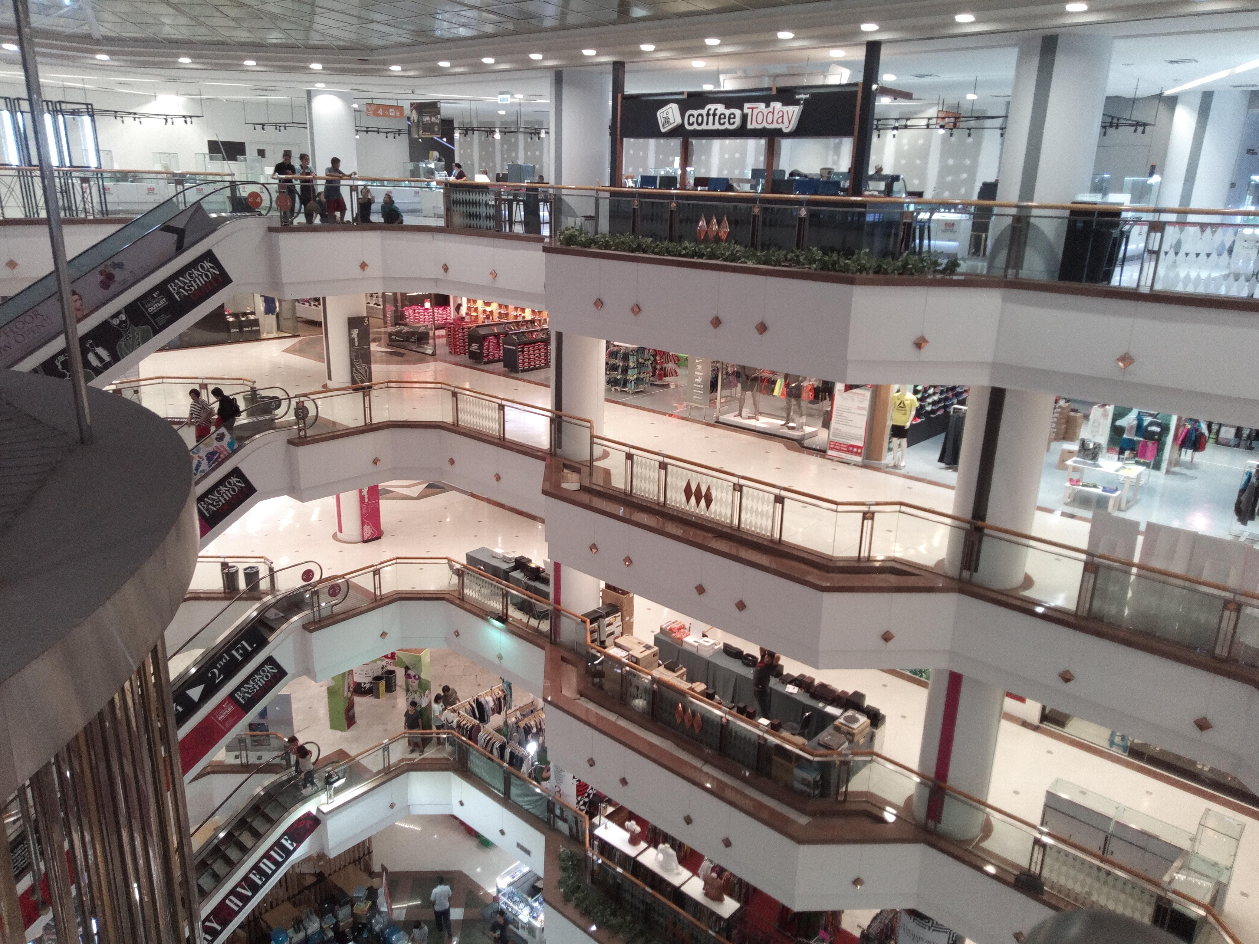 Jewellery trade centre Gemstone Shop