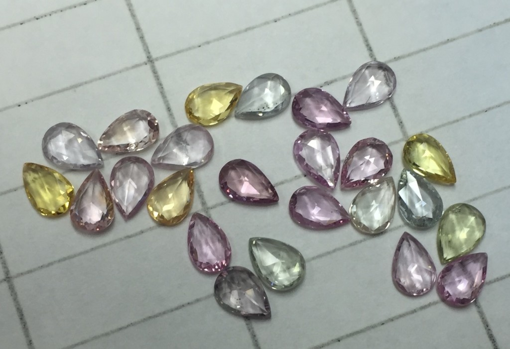 fancy sapphire large stones from ceylon